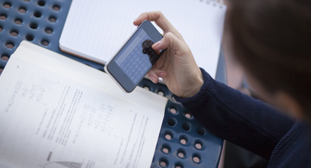 How Do Free Mobile Apps Make Money